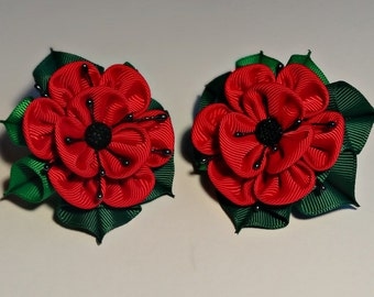Set of 2 ponytails holders ,in the technique of kanzashi red poppy