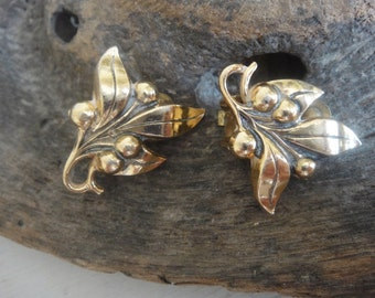 Vintage Leaf Earrings - Clip on Earrings