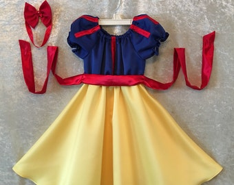 Snow White dress for toddlers & girls 2,3,4,5 this listing is for dress only made to order.