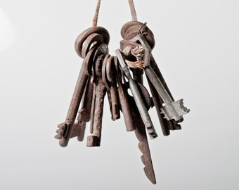 15 Vintage Skeleton KEYS. Lot of Twelve Rustic Soviet old Keys For your collection or Project. Retro looking!