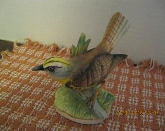 Vintage ceramic meadowlark figurine.