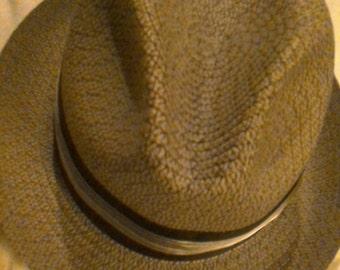 Vintage Men's hat. J C Penney. Size 7 1/4. Greyish color.