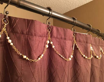 White pearl colored decoration for shower curtain hooks. Gold Chain.