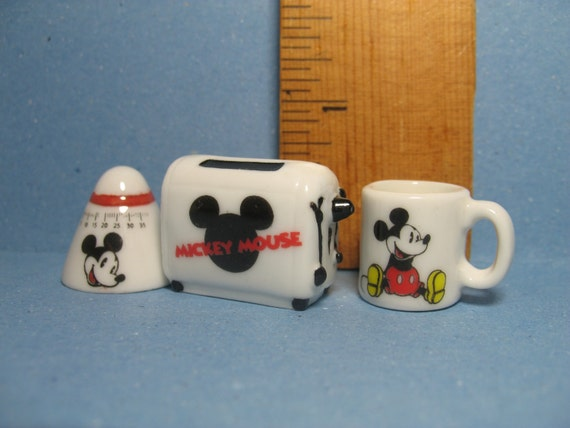 disney s mickey mouse kitchen set toaster timer mug cup