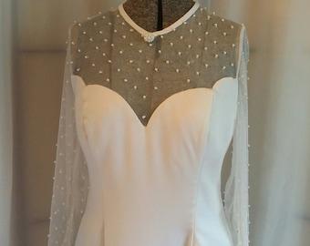 Vintage bridal gown white wedding gown b line wedding gown size medium