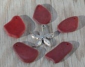 5-pieces-set (Freeform Gradient Mix) - LG Cherry Red (13-20X24-28mm) Cultured Sea Glass  Beads w/ a Free Starfish Pendant