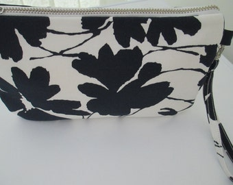 Clutch bag/occasion bag/ wedding clutch/navy/white floral clutch with wrist strap.