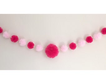 Tulle pom pom garland party decoration
