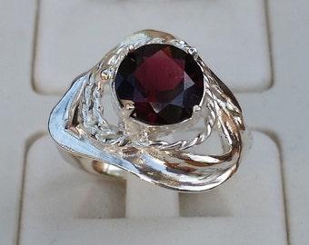 Garnet Silver Ring, Sterling Silver Ring, Engagement Ring, Promise Ring, Birthstone Gemstone Ring, Handmade Large Garnet Ring,Statement Ring