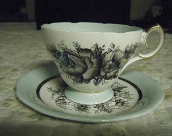 VINTAGE Queen Anne cup and saucer FINE BONE China England numbered