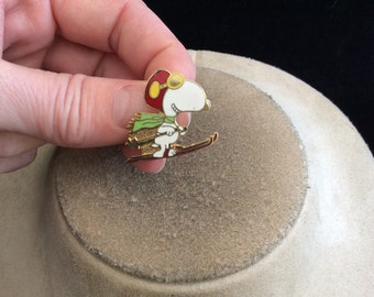 Vintage Signed 1958 Enameled Snoopy On Skiis Pin