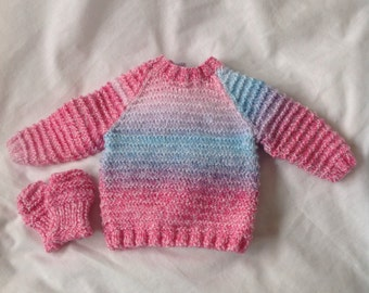 Hand knitted Baby jumper. 0-3 months. Hand Knitted baby sweater. Hand knitted sweater for girls. Baby knitwear. Ready to ship. Baby knitted