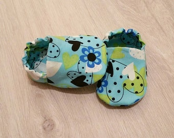 Baby Booties, Baby Gifts, Baby Crib Shoes, Baby Moccs, Baby Shoes, Baby Booties, Baby Slippers, Flower Baby Slippers, Heart Baby Slippers