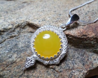 Yellow Agate Necklace,Snake Pendant,Yellow Agate Jewelry,Yellow Stone Necklace,Fine Jewelry