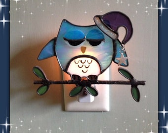 Owl Night Light, Sleepy Owl, Bedroom Night Light, Night Light, Sun Catcher, Custom Made, Hand Made