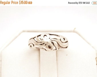 ON SALE Vintage Sterling Silver Signed HAN Cutout Floral Ribbon Ring Size 7