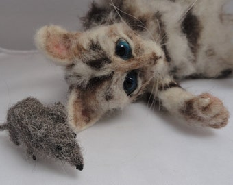 NOW SOLD ...needle felted cat and mouse....