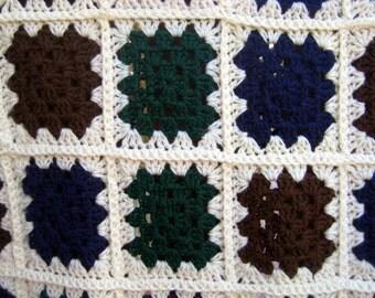 Vintage Granny Square Blanket,car blanket,picnic blanket,Granny Square Afghan,Vintage Throw at Designs by Willowcreek on Etsy