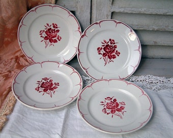 Set of 4 French vintage mid century stencilware plates. Red and cream.Red rose flowers. French stencilware. Mid century kitchen