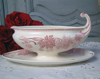Antique french transferware sauce boat. Red transferware. Gravy boat. French transferware. Rose transferware. Art nouveau