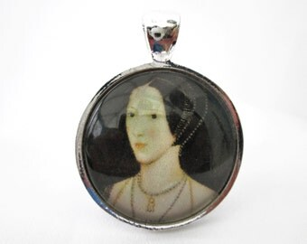 Anne Boleyn necklace, queen Anne Boleyn, Anne Boleyn pendant, Tudor, glass cabochon pendant with necklace or choker 1 inch 25 mm