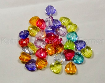 Faceted Heart Beads (30)