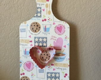 Cupcake kitchen decor etsy for Cupcake themed kitchen ideas
