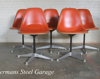 Set of 5 Herman Miller Swivel Chairs