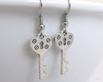 Silver Key Earrings, Skeleton Key Jewelry, Key Charm Earrings, Vintage Style Key Earrings, Antique Silver Dangle Drop Earrings