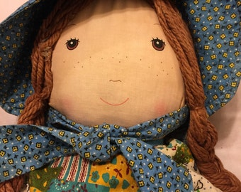 Darling vintage Holly Hobbie cloth doll by Knickerbocker/ AO