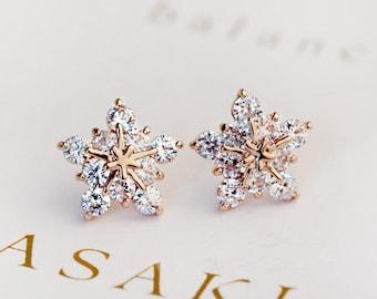 GOLD Crystal snowflake stud earrings