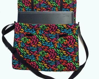 Black paisley print Laptop Messenger Bag size