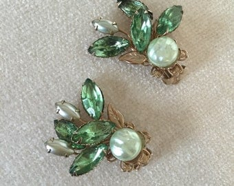 Peridot rhinestone clip on earrings