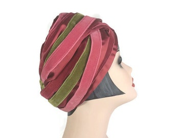 Christian Dior Chapeaux Turban, Pink and Green Velvet Turban Hat, Vintage 1960s Hat