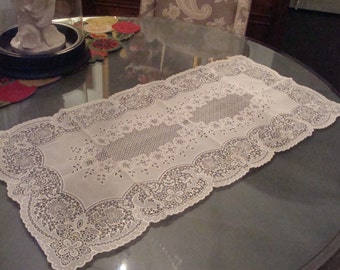 Vintage Vinyl Lace Table Runner - Excellent Condition!!