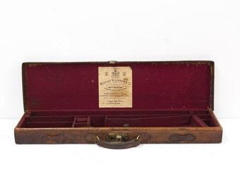 Beautiful English Initialed Leather Gun Box