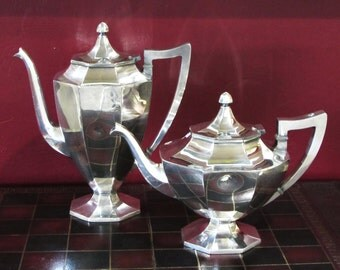 "Wilcox Silver Plate Art Deco ""Aladdin's Lamp"" Paneled  Teapot  International Silver Co., Circa 1920"