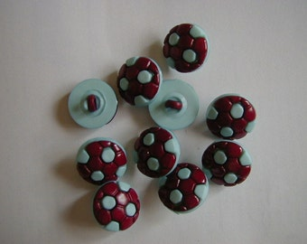 10 round claret and blue football buttons