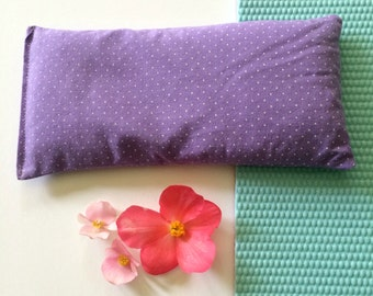 Eye pillow filled with lavender and flax, purple eye pillow, yoga pillow, aromatherapy