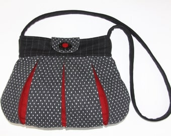 gray,black,red,shoulder bag, cross body, hand made, hand bag,recycle,pleated