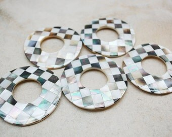 Inlaid MOP Shell Donut Checkered Design