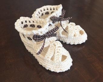Crochet Baby Booties - 6-12 months ( 4.25 in / 10.5 cm)