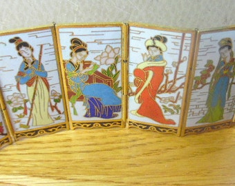 Beautiful, 6 panel mini screen.  Each panel depicts a Japanese Geisha girl, all different. Japan miniature