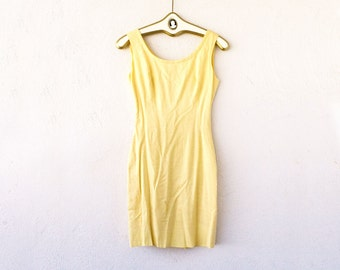 Vintage 50s 60s Minimalist Sheath Dress // Pale Yellow Dress