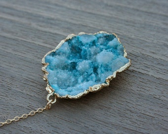 Gold and Turquoise Druzy Pendant Lariat // Statement Necklace // Gifts for Her