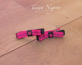 Hot pink and navy clips