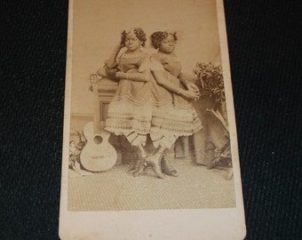 Vintage CDV of Famous Circus Sideshow Siamese twins Millie and Christine McKoy
