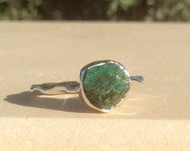 US 8, Raw Stone Ring, Raw Emerald Ring, Silver Gemstone Ring, Rough Natural Gemstone, Rough Emerald Ring, Natural Gemstone Ring