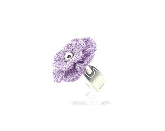 Ring crochet flower purple