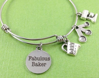 Baker Charm Bracelet, Baker Charm Bangle, Fabulous Baker Charm Bracelet, Gift for Baker, Measuring Cup Charm, Measuring Spoons Charm, Mixer